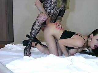 lady boy in fhinsets destroys a hot woman from booty on cam