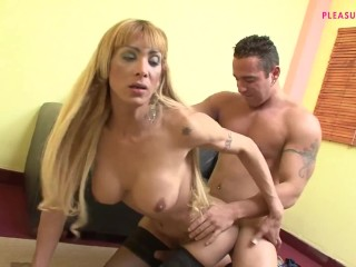 giant transexual meat AGAINST LITTLE stud anus