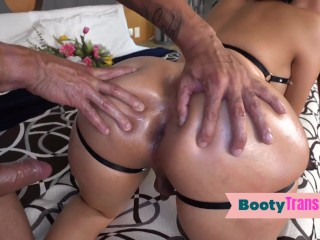 humongous booty latina trap blowing before bare